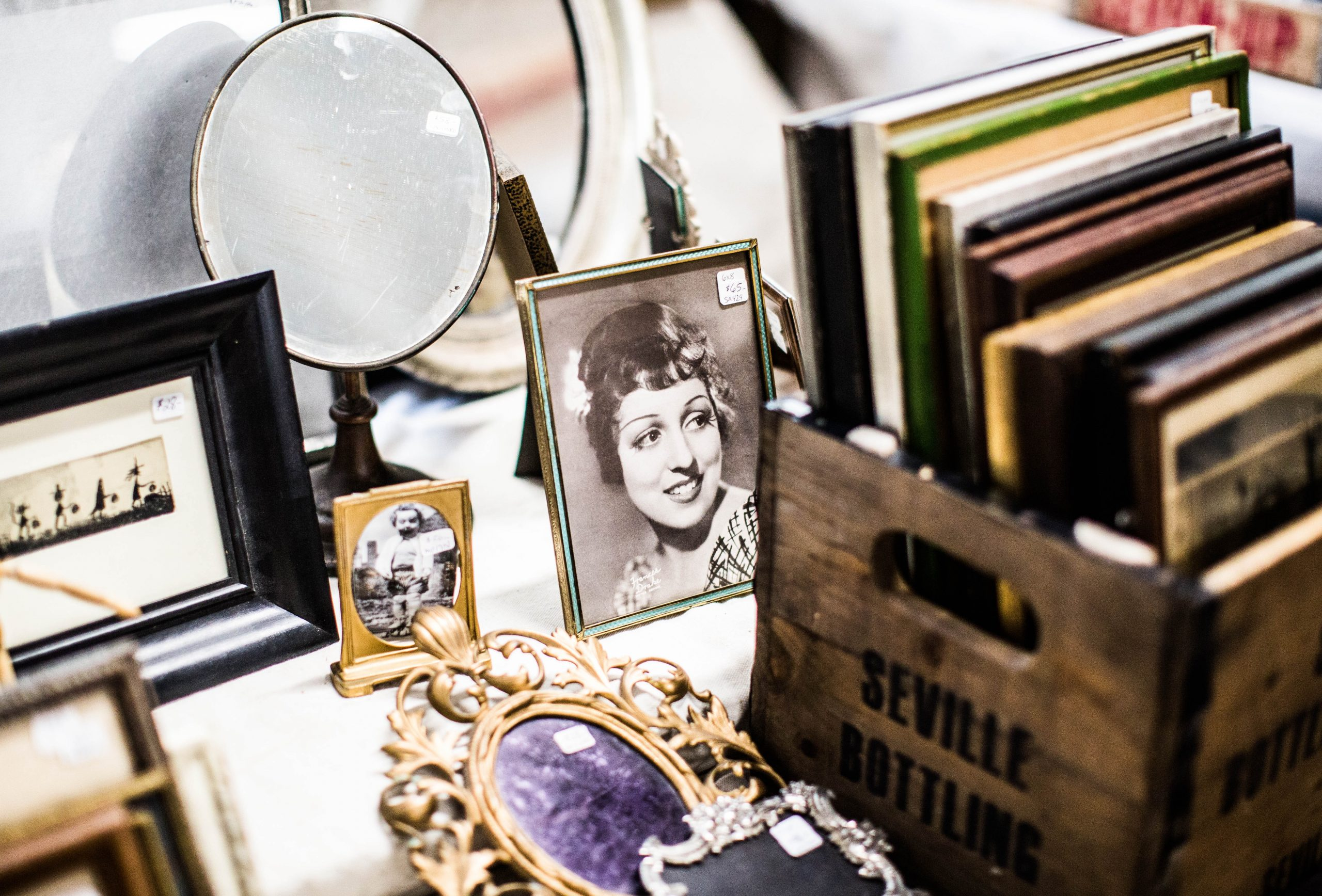 Antiquaire- Brocante